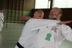 Dr. Alexander Rupp demonstriert mit  Dojoleiter Rüdiger Balz Daiwa Ryu Techniken