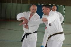 Wolfgang Herrmann zeigt Gleichgewichtbrechen vor Hebel oder Wurf